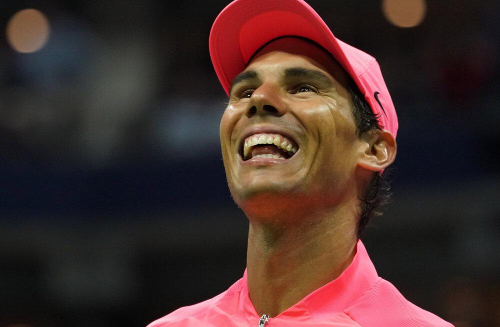 Rafael Nadal pääses kindlalt poolfinaali