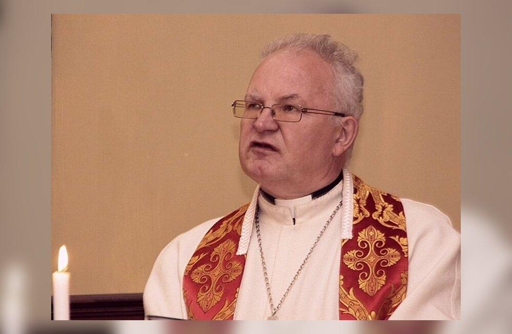 Священник Пеэтер Калдур стал почетным гражданином Йыхвиской волости