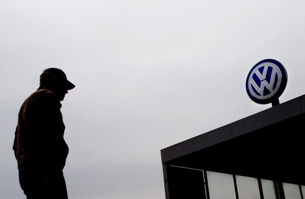 Volkswageni insenerid: juhatuse esimees seadis ebarealistliku CO2 emissiooni eesmärgi