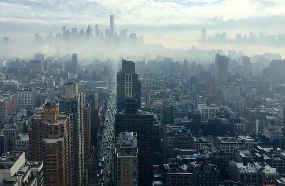 Jaluta seal, kus elavad kõige rikkamad: need on 9 maailma kalleimat tänavat