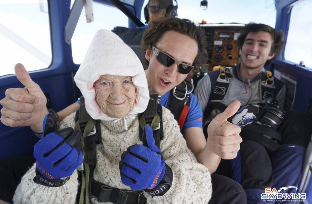 VIDEO | See 102aastane naine ei lase vanusel end mõjutada ja tegi just oma kolmanda langevarjuhüppe