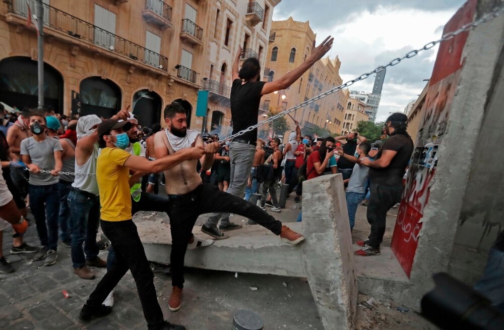 LEBANON-PROTEST-BLAST
