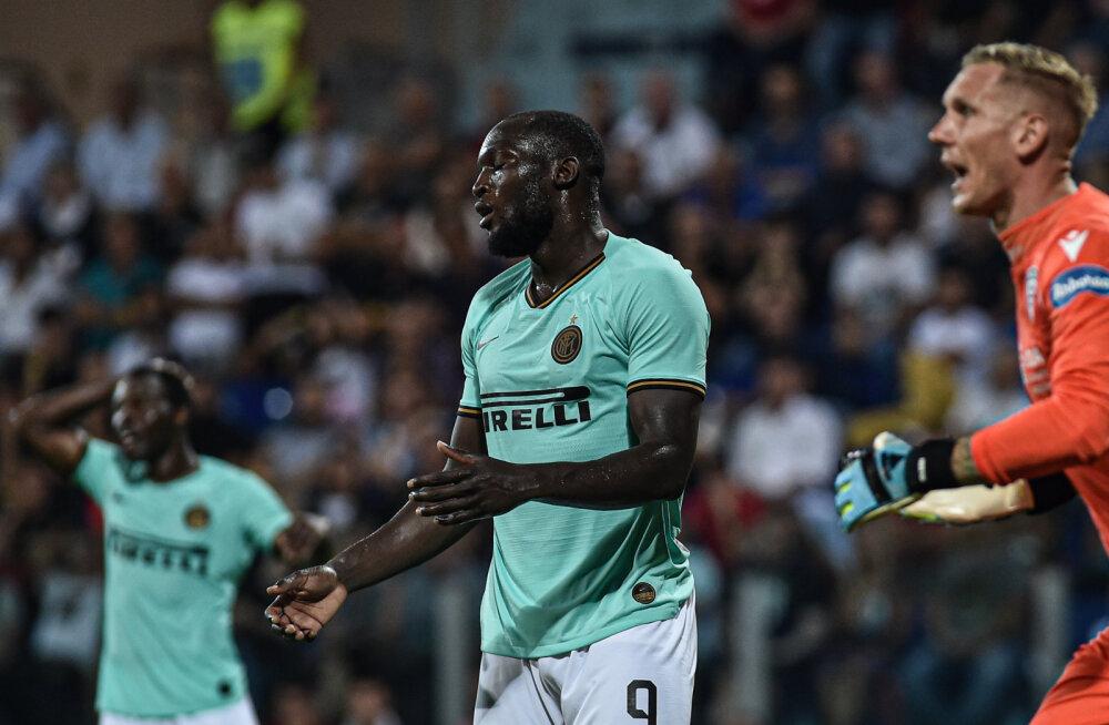 Klavani klubi fännid mõnitasid rassistlikult Belgia koondise staari