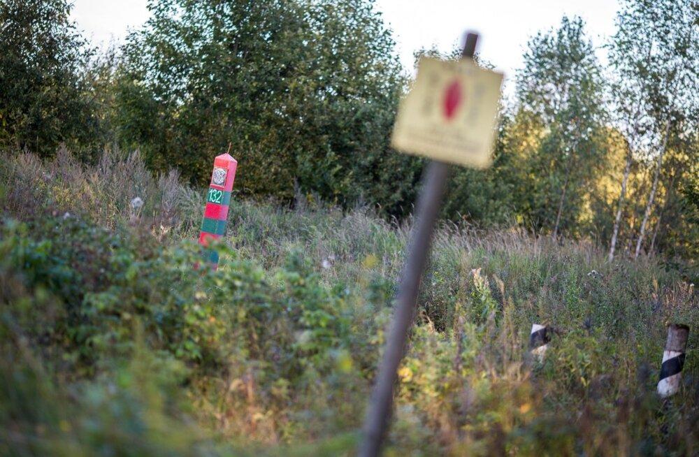 Petis püstitas metsa Vene-Soome valepiiri ja püüdis teenida migrante üle selle juhatades