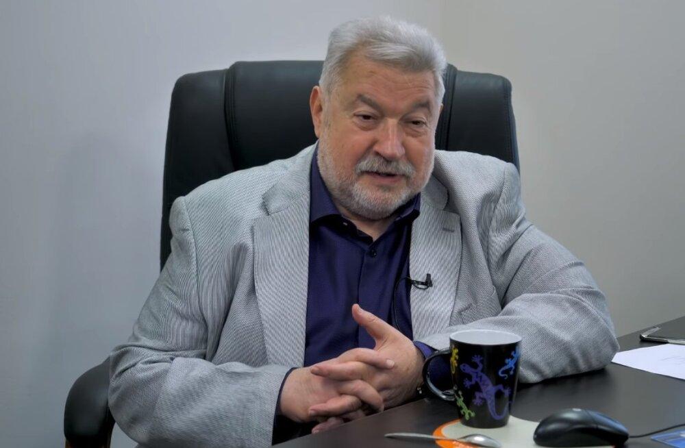 """Смешная шутка! Юлий Гусман был возмущен информацией о """"поборах"""" с команд КВН"""