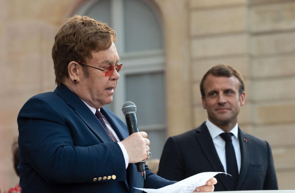 Muusikalegend Elton John sai president Emmanuel Macronilt tähtsa auhinna