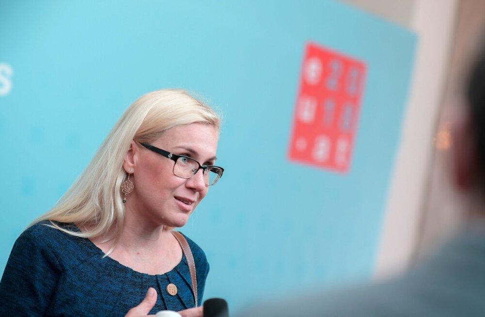 Kadri Simson kinnitas eile Austriast, et Eestis kellakeeramise kohta rahvaküsitlust ei tehta.