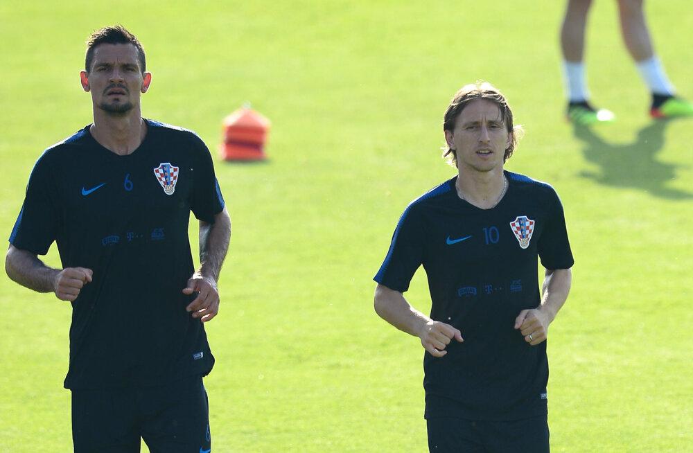 Horvaatia koondislane Dejan Lovren: Luka Modric võiks võita Ballon d'Ori, kui ta oleks hispaanlane või sakslane