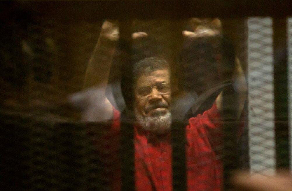 Egiptuse kohus tühistas endise presidendi Morsi surmaotsuse