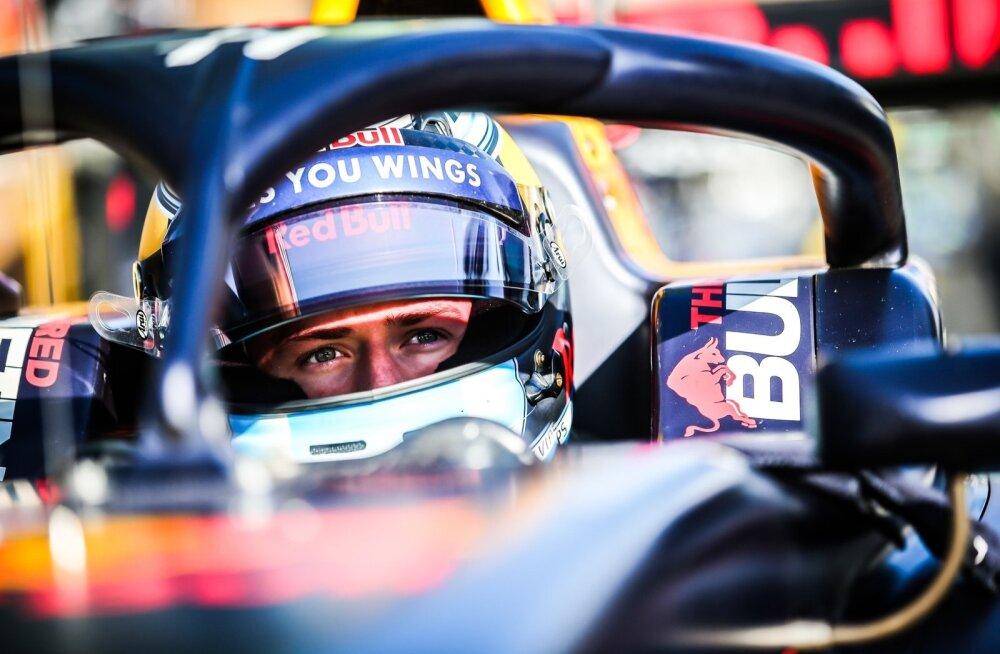 Jüri Vips sai võimaluse end Jaapani Super Formula sarjas proovile panna.