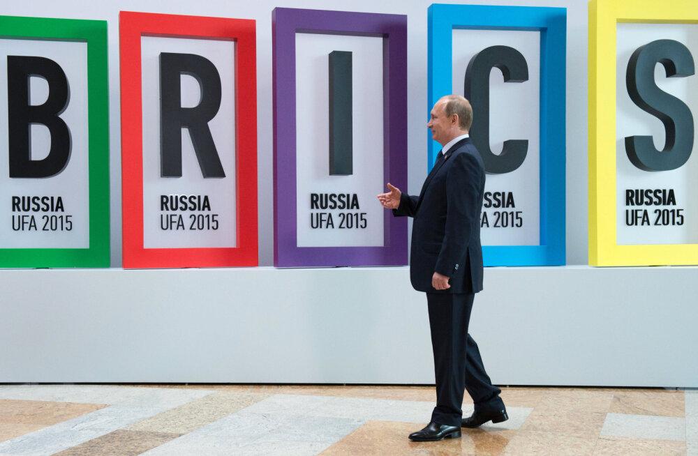 BRICS - seni veel katkiste abiratastega särav kaarik kadunud sotsialismileeri asemel