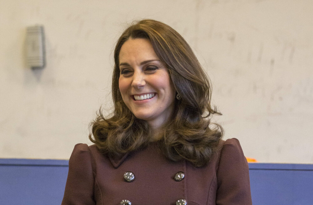 Mis on see kummaline põhjus, miks Cambridge'i hertsoginna Norra kuningapalees mantlit seljast ei võtnud?