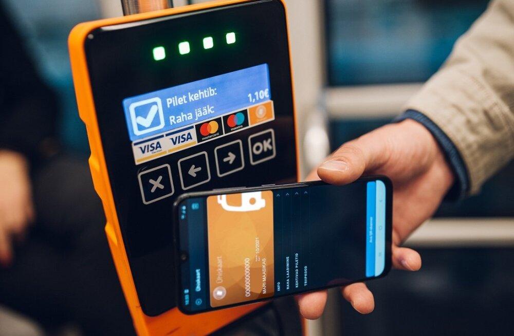 Oluline uuendus: ühistranspordis saab nüüd oma sõidu valideerida ka nutitelefoniga viibates