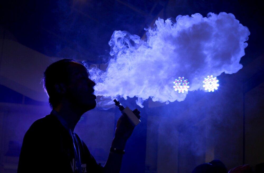 E-sigareti mahvija lubab enda kehasse ka ohtlikke kemikaale