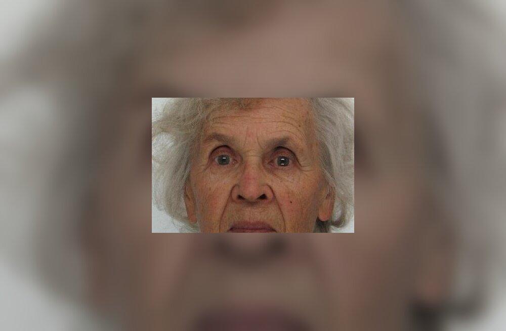 FOTOD | Politsei palub jätkuvalt abi 85-aastase Salme leidmisel. Naist nähti Kabli külas