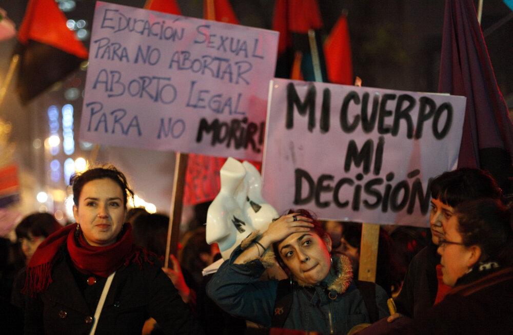 Tšiili lõdvendab karmi abordikeeldu