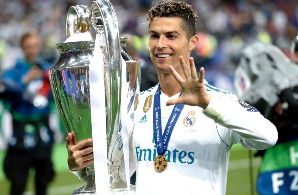 Cristiano Ronaldo on aastate jooksul võitnud Meistrite liiga viiel korral. Neljal korral aitas ta trofeeni Madridi Reali, hoolimata sellest hinnatakse teda kõrgemalt hoopis Manchesteris.