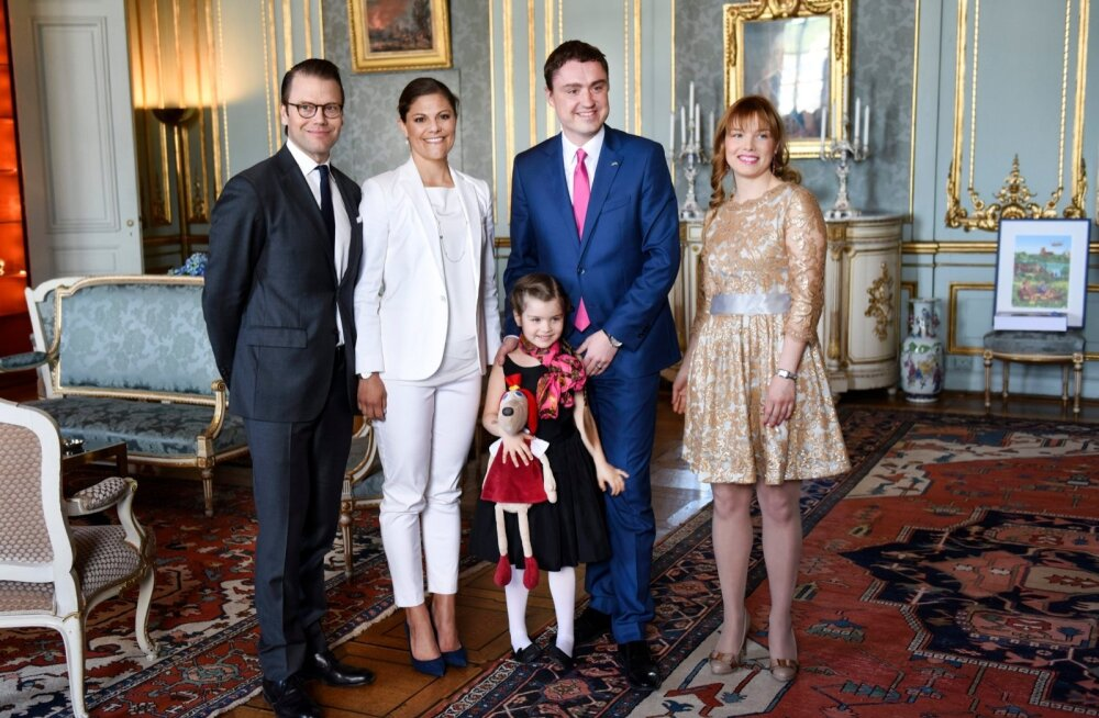 ESTONIAN-PM-SWEDEN