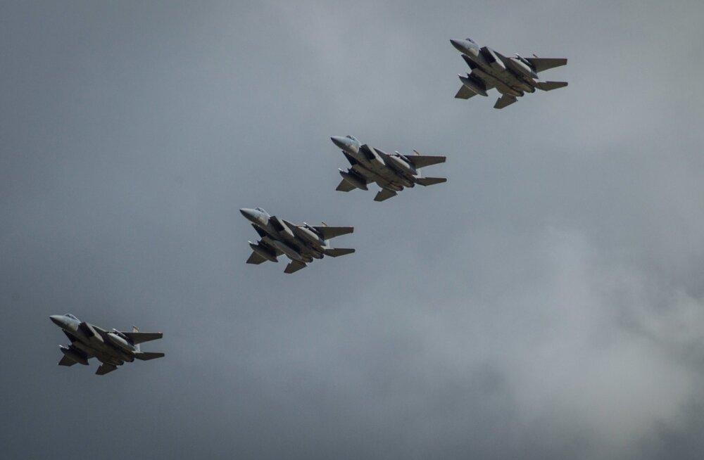 Ründelennukid F-15C Ämaris õppustel