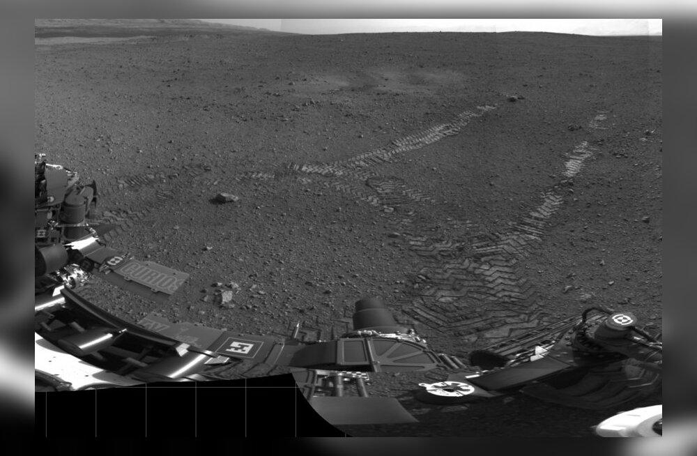 FOTOD-VIDEOD: Marsikulgur Curiosity käis esimesel proovisõidul