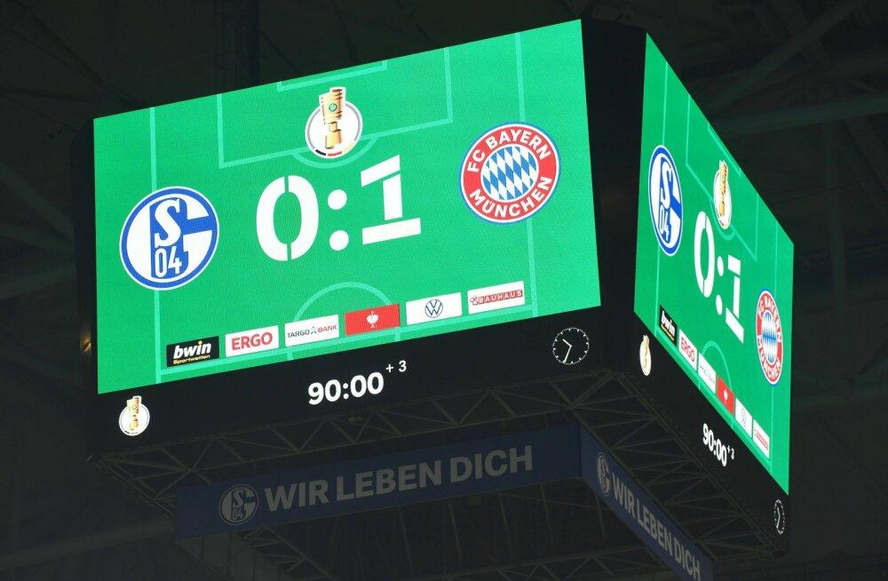 Tabloo Schalke - Bayerni mängul