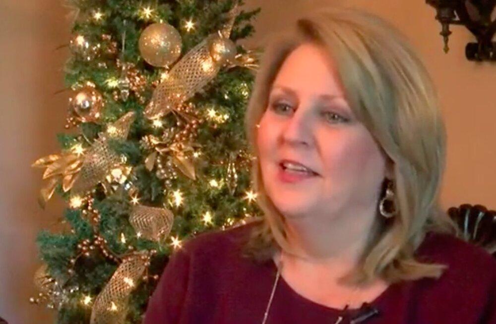 Milline võimalus! Lihtne pereema kutsuti Valget Maja jõuluehtesse seadma