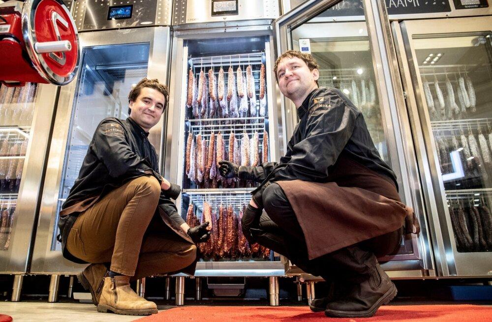 Matsimoka juhid Sten (vasakul) ja Jan Inno loodavad, et Eesti esimesest salaamitööstusest saab lähiaastatel nende ettevõtte kasvumootor.