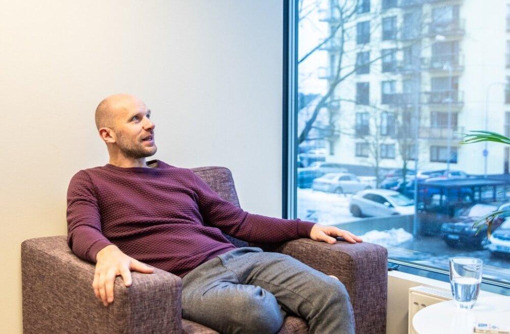 Paul Aguraiuja sõnul hindavad välismaalastest kliendid eestlaste otsekohesust ning seda, et koosolekutel ei lähe viisakuse ega põhjaliku demokraatia peale üleliia aega.