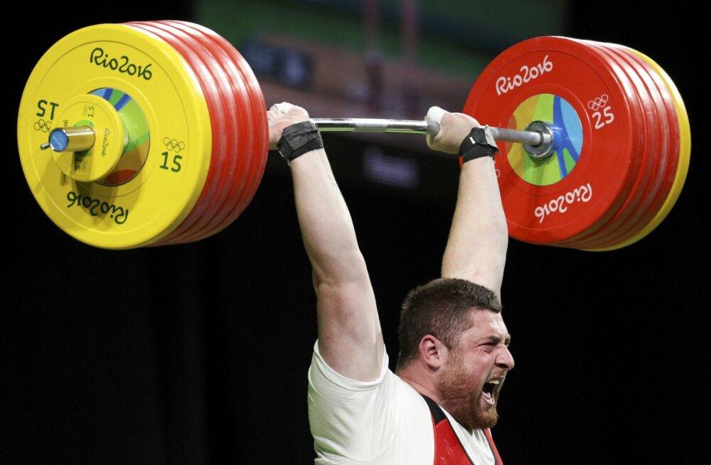 Tõstmine vaagub noateral: kas pääseb 2024. aasta olümpiale või mitte