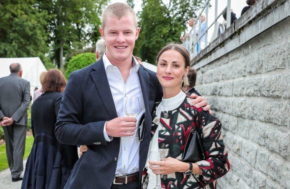 KLÕPS | Palju õnne! Priit Pius ja Maiken Schmidt sõudsid abieluranda!