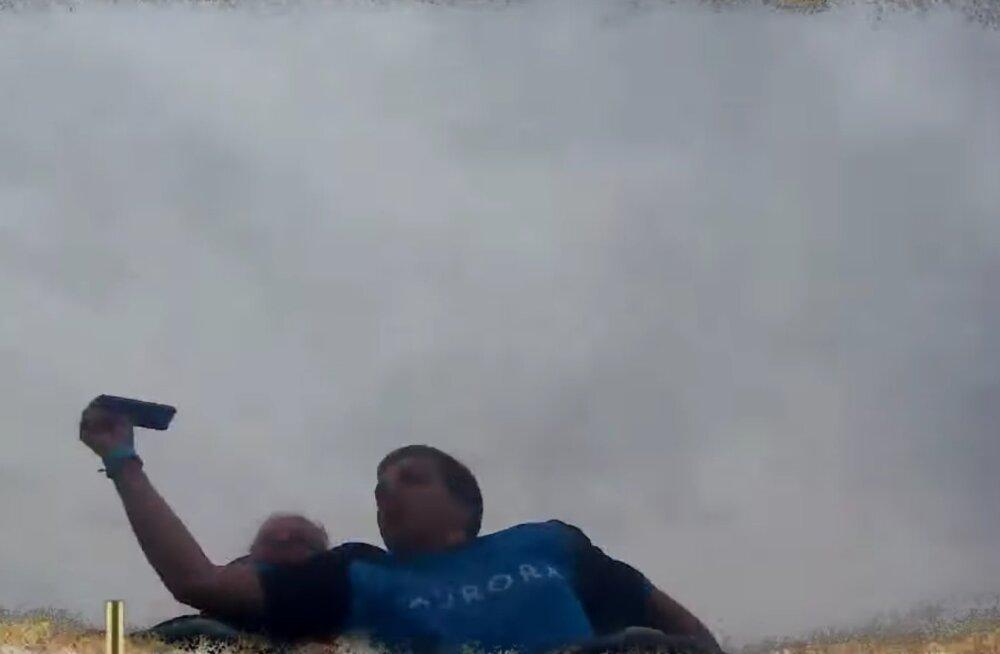 KURIOOSUM | Ameerika mägedel hullanud meesterahvas püüdis kogemata kinni iPhone X'i