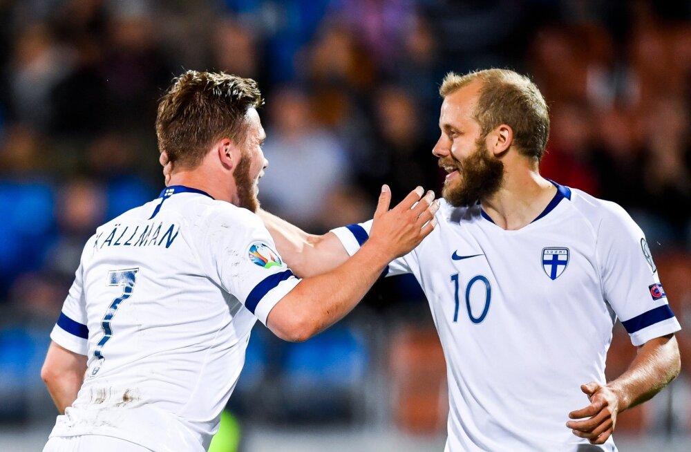 Teemu Pukki (paremal) lõi taas Soome eest värava.