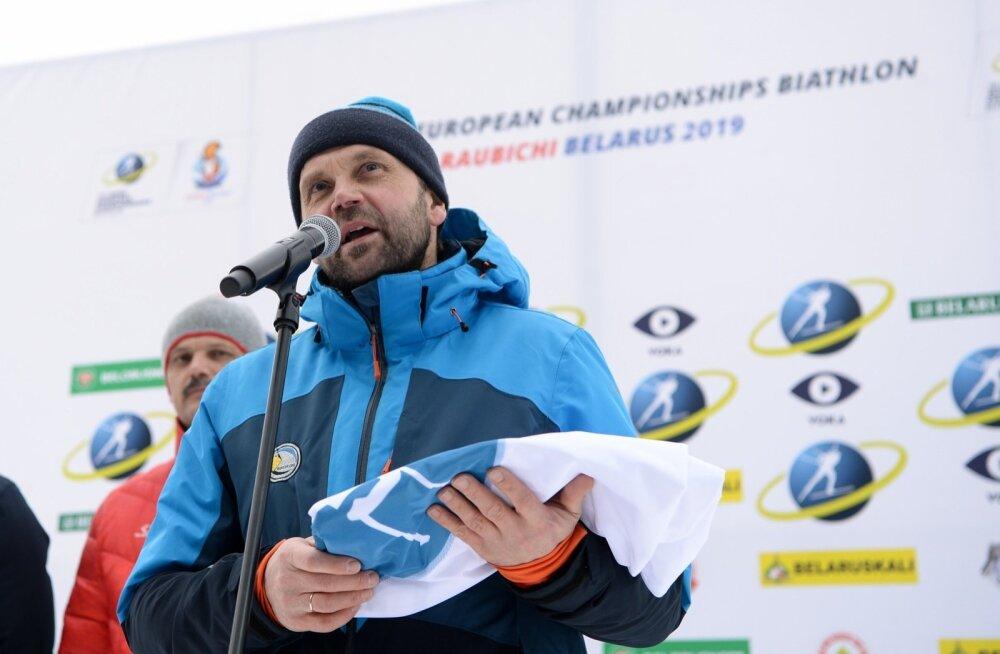 Aivar Nigol Euroopa meistrivõistluste lipuga