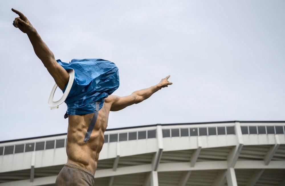 VIDEO JA FOTOD | Reeturiks peetava Zlatan Ibrahimovici kuju pandi põlema