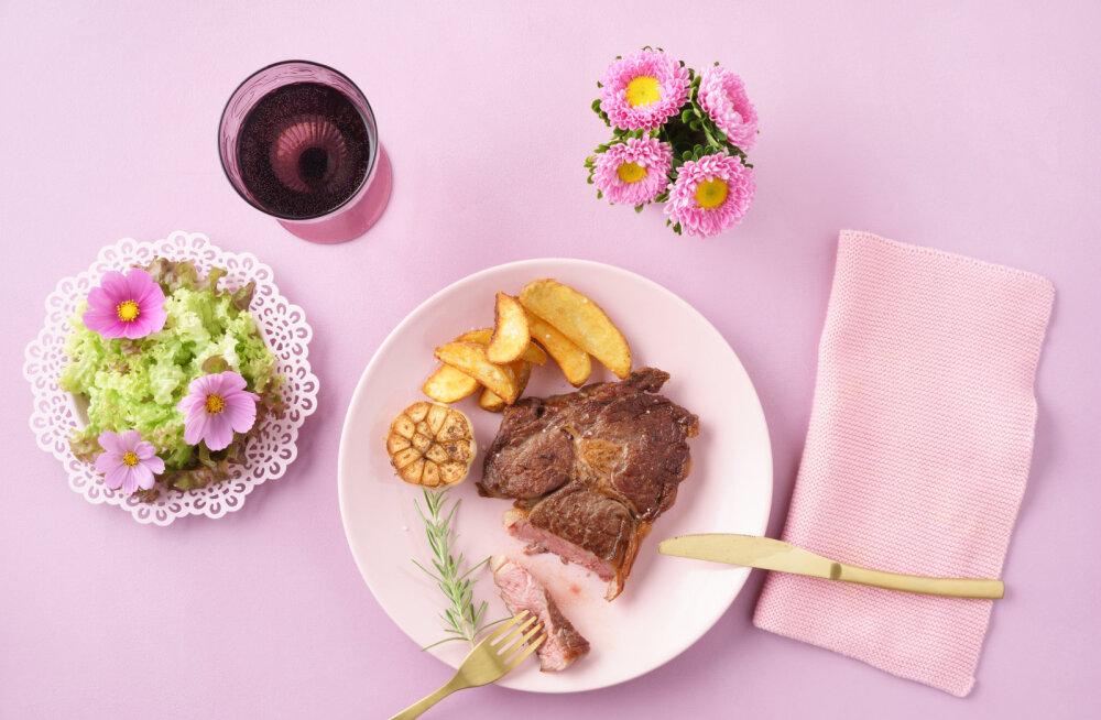 Laupäevane seapraad uut moodi: keeda liha kilekotis ehk <em>sous-vide</em> tehnika olulisemad nipid mahlase liha valmistamiseks