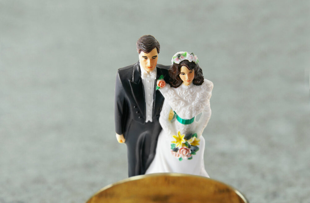 Naine avastas, et ta mees pettis teda assistendiga, aga otsustas suhet mitte lõpetada. Seda ühel lihtsal põhjusel
