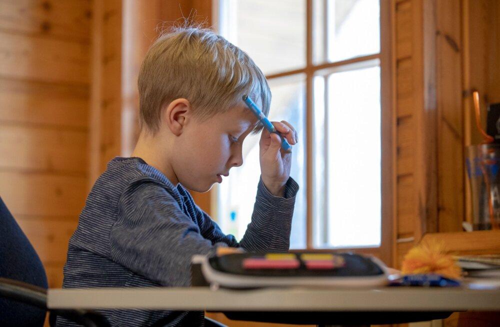 """Родители школьников: """"Дистанционное обучение – это психологическая катастрофа"""""""