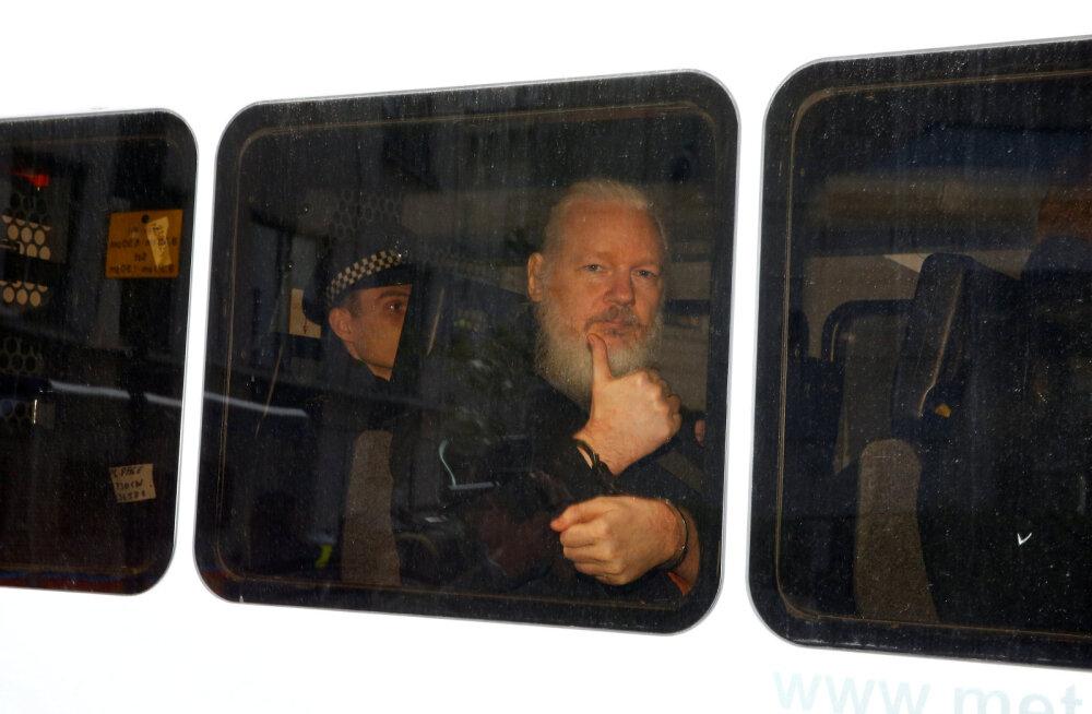 Assange'i elu Ecuadori saatkonnas: ebaviisakas ja agressiivne käitumine, probleemid hügieeniga
