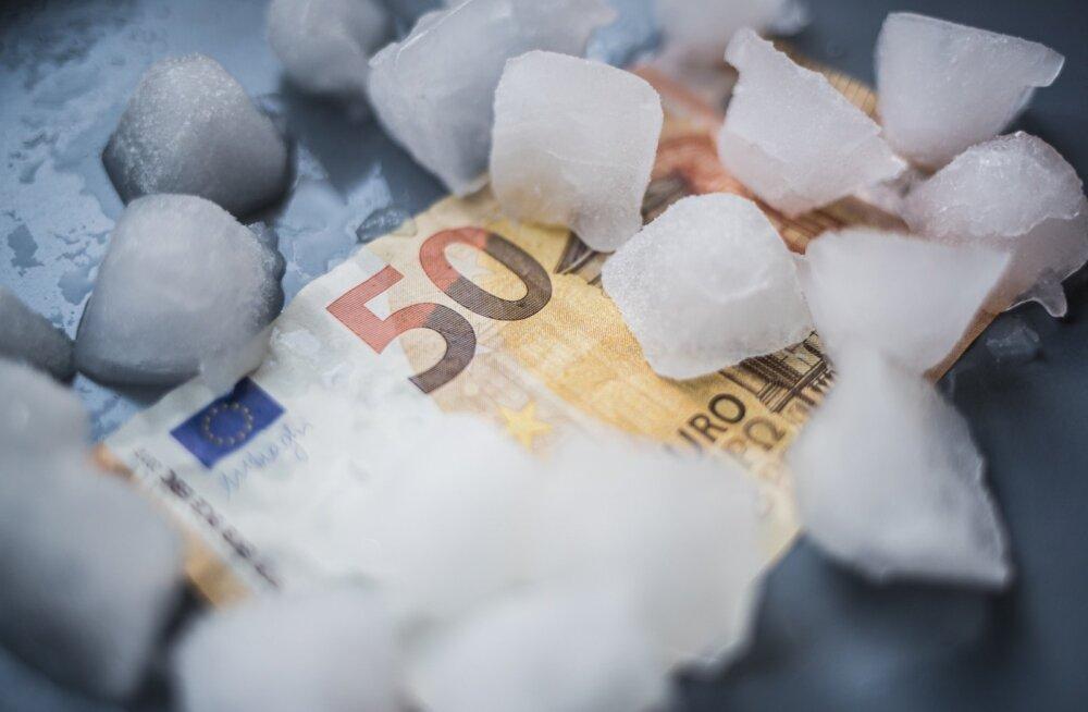 Alampalga kokkuleppe mittekinnitamine võib viia alampalga külmutamiseni järgmiseks aastaks.