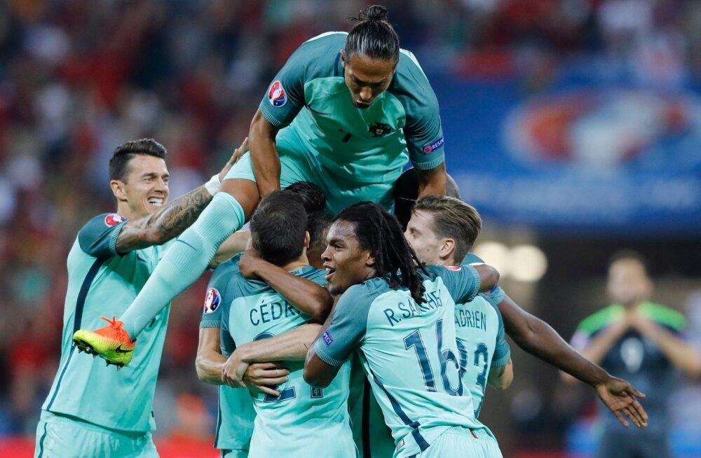 1bc1dbba51f FOTOD: Ronaldo värav ja sööt viisid Portugali üle 12 aasta EM-i ...