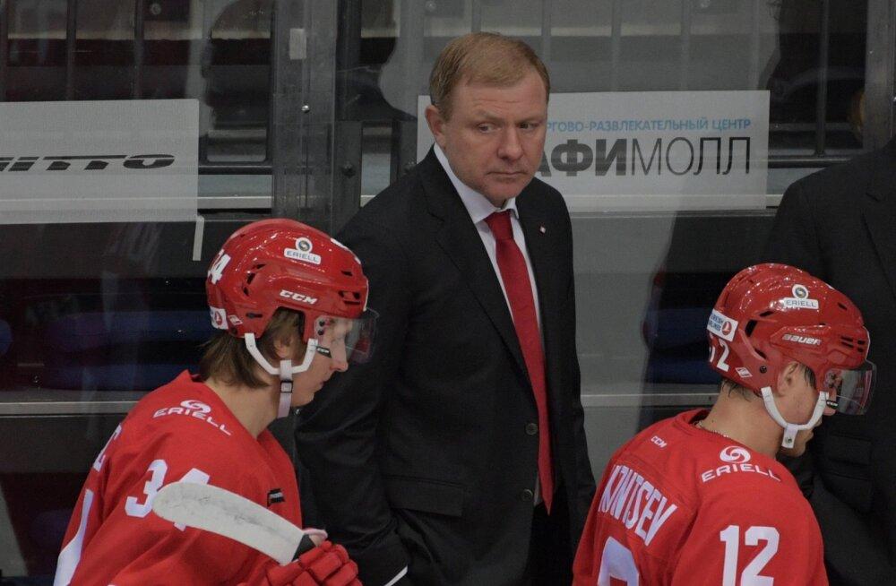 Tallinnasse tulevas Moskva Spartakis valitseb segadus: keegi ei taha peatreener olla
