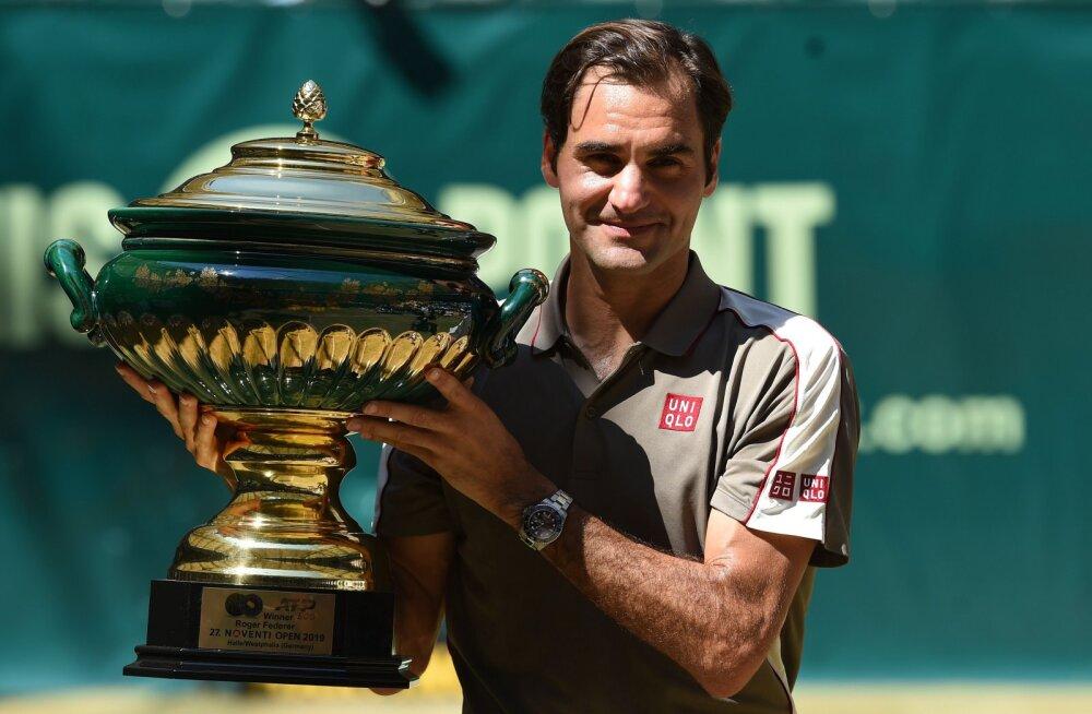 Wimbledoni eel heas hoos olev Federer: tunnen end taas noorena
