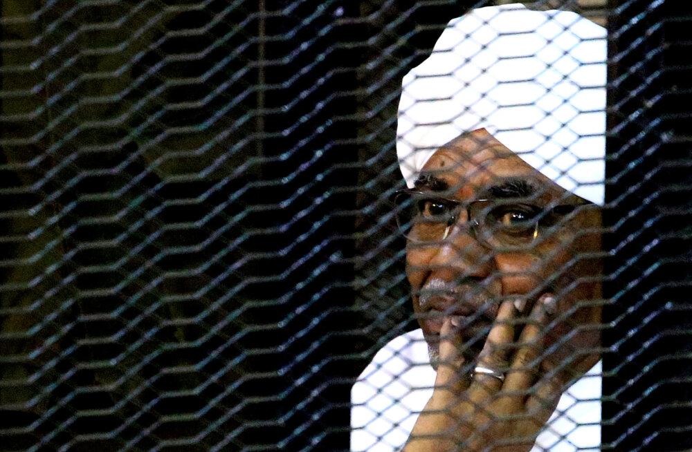 Sudaani ekspresident läheb sõjakuritegude eest rahvusvahelise kohtu alla
