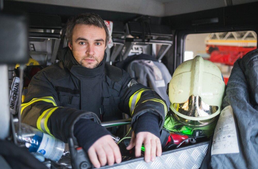 Täpselt samal kohal istus päästja Aleksandr Keerd ka viimasele väljakutsele sõites, kui ta päästis inimese elu.