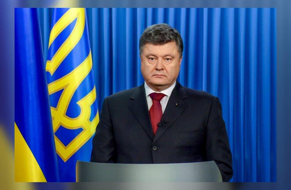 Porošenko: bussi tulistamine kerkib isegi praeguste karmide mõõdupuude järgi esile oma julmusega
