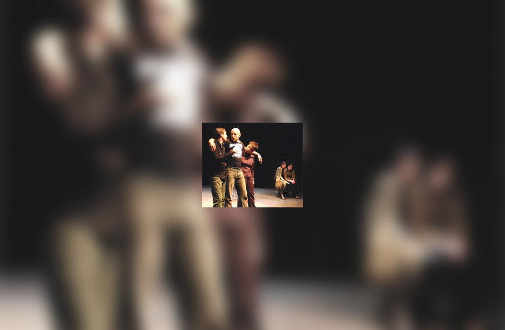 Beslani tõde kolis internetist Mihhail Ugarovi teatrisse