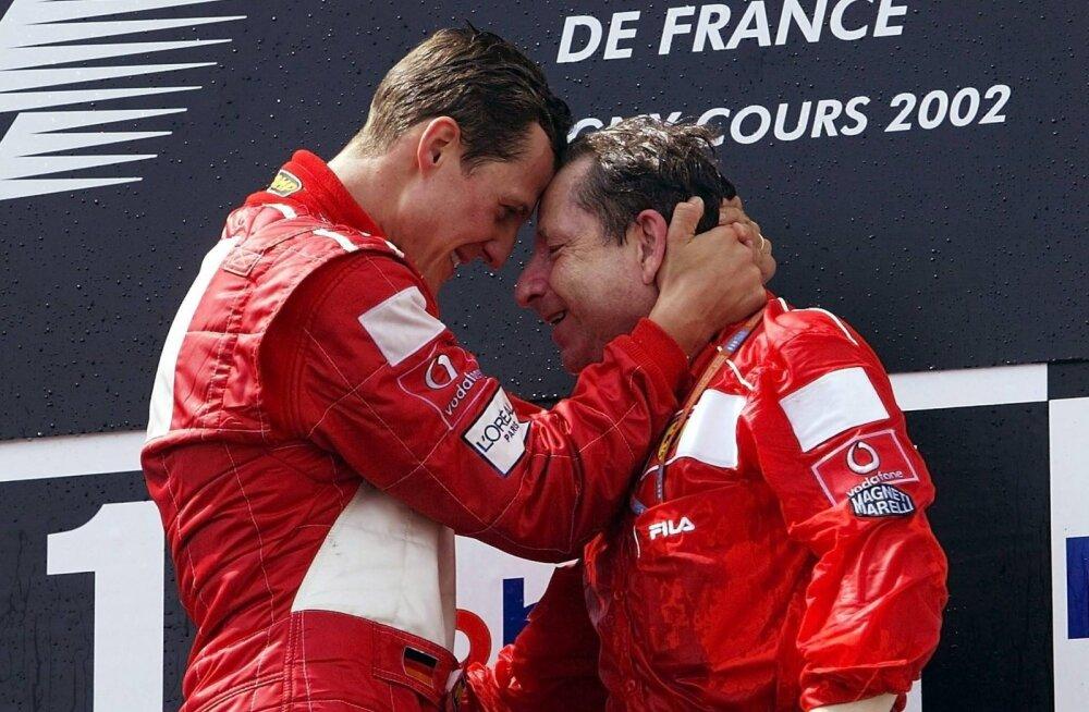 Michael Schumacheri sõber vihjas, et vormelilegend võib avalikkuse ette tulla