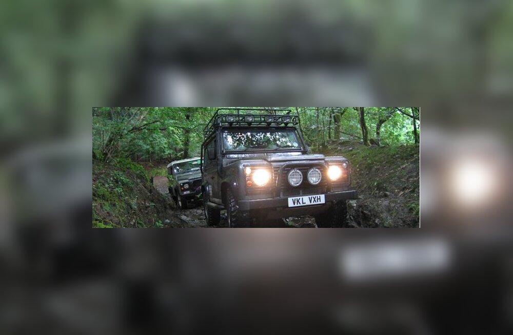 Bloomberg: RIP Land Rover Defender, kõigi aegade ägedaim auto