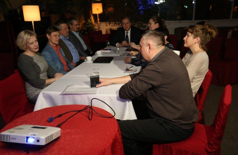 FOTOD: Vabaerakonna juhatus arutas Jevgeni Krištafovitši väljaviskamist, kuid jättis ta siiski erakonda