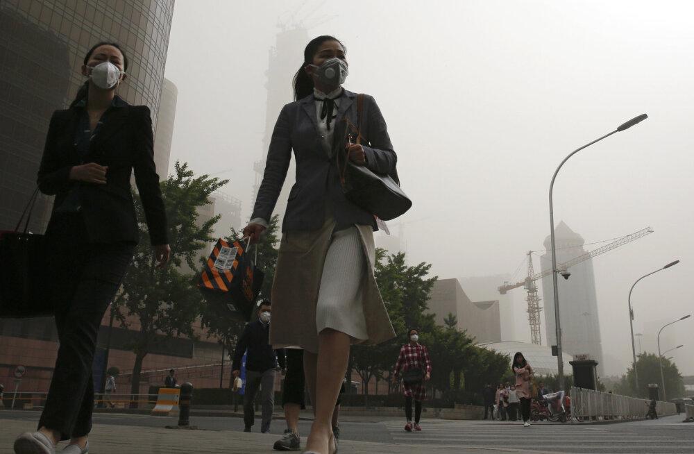 Radikaalne samm puhtama õhu nimel: Hiinas on kinni pandud kuni 40% kõigist tehastest